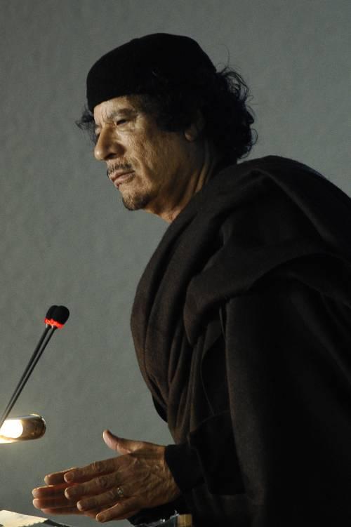 Gheddafi fa il bis: nuovo incontro con le hostess