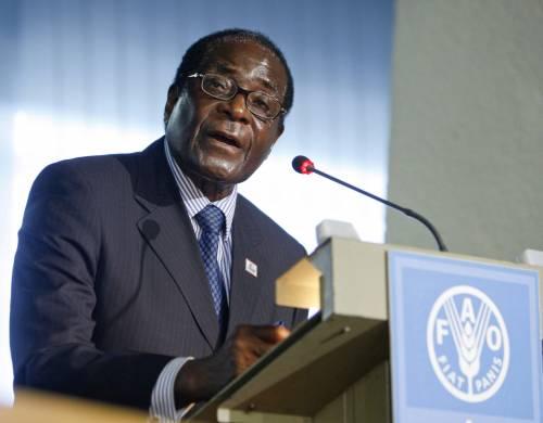 """Fao, le accuse di Mugabe:  """"I fondi per l'agricoltura  non siano arma politica"""""""