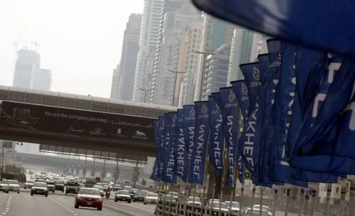 Il debito di Dubai World  non garantito dal governo  Crescono i timori in Borsa