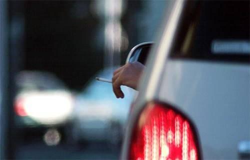 """Matteoli: """"Divieto di fumo e sms per chi guida"""""""