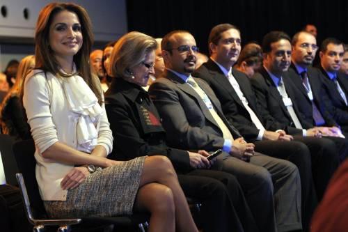 """Davos, la regina Rania e la Moratti lanciano """"l'alleanza rosa"""" per l'Expo"""