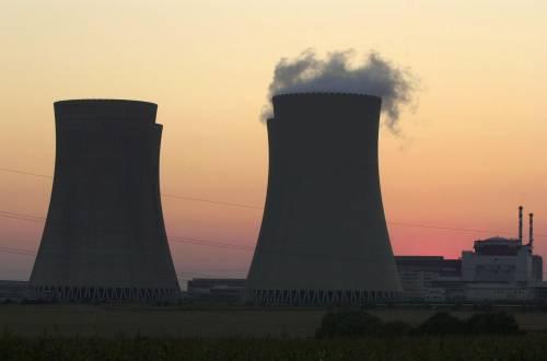 """Nucleare, il governo  contro le Regioni ribelli:  """"Ricorso alla Consulta"""""""