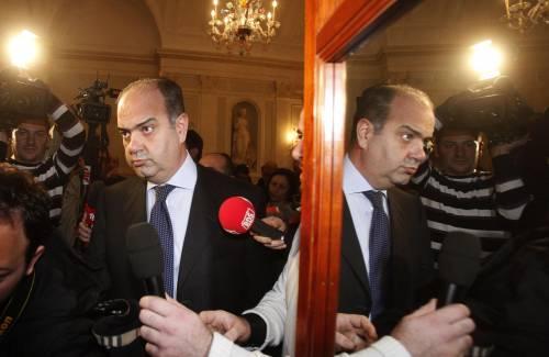 Riciclaggio, Di Girolamo si dimette da senatore