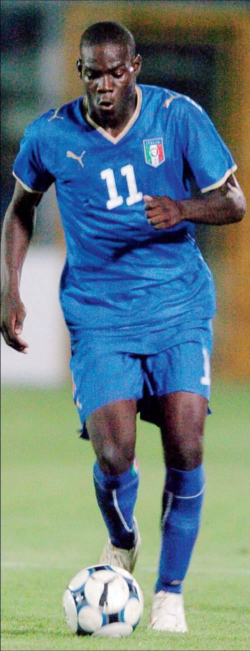 Italia, Balotelli rimandato   Tornerà agli Europei 2012   se Mourinho lo fa giocare