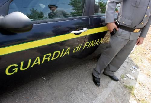 Milano, blitz della Gdf  traffico d'armi con l'Iran:  arrestate nove persone