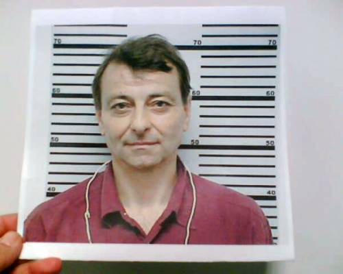 Brasile, passaporto falso  Condanna per Battisti:  due anni in semilibertà