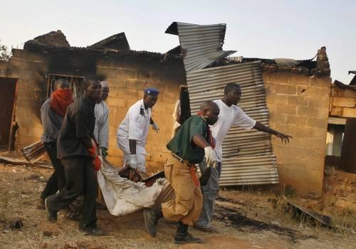 Nuovi scontri in Nigeria, strage: 100 morti