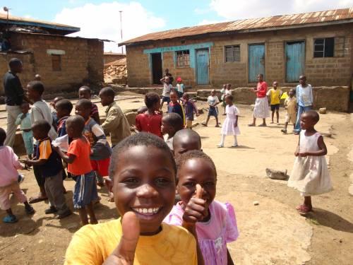Come aiutare i bimbi del Kenia