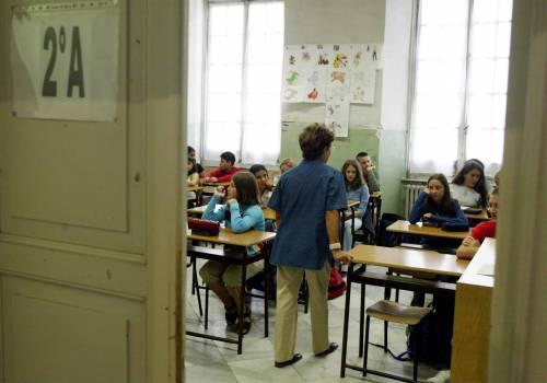 Friuli, parla in napoletano  con gli alunni in classe  Licenziato un supplente