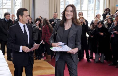 Francia, astensioni record e i socialisti sorpassano Sarkozy
