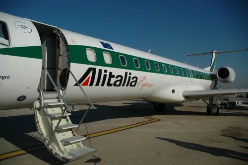 Aerei, lunedì nero: sciopero Meridiana e Alitalia