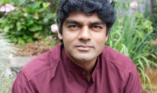 Raj, l'uomo che non vuole essere Dio