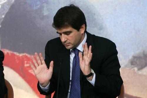 Sconfitta in Puglia, Fitto si dimette da ministro