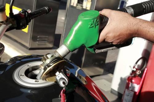 Carburanti, la verde a 1,44 euro
