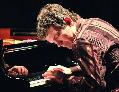 Dialogo jazz tra un sax e un piano