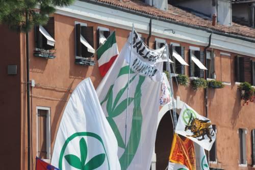 Venezia: cambia casa la donna che sfidava Bossi con il tricolore