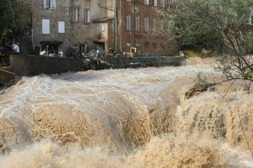 Nubifragio in Francia:  19 i morti, 12 dispersi
