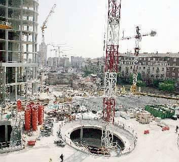 Il futuro di Milano: 3mila case di lusso  Ma la crisi del mattone non è finita