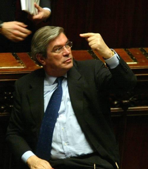 """Appalti, autorizzazione a procedere su Lunardi  Ma l'ex ministro: """"Tutto regolare, ho le fatture"""""""
