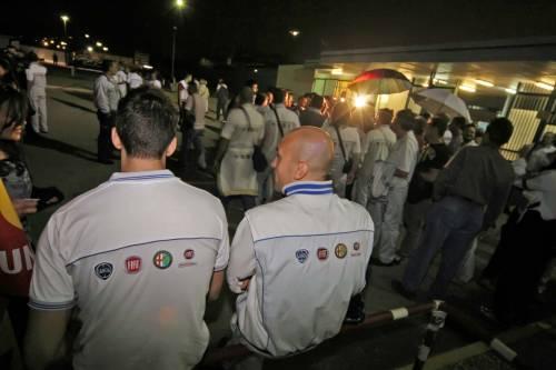 Pomigliano, Fiat delusa  per la vittoria a metà  Ora il futuro è a rischio