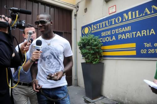 """Balotelli all'esame orale:  """"Resto all'Inter? No so"""""""