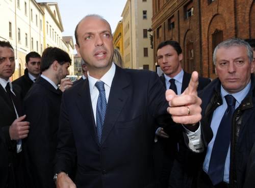 """P3, Berlusconi: """"E' una vergognosa montatura"""""""