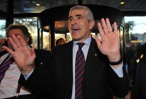 """Casini: """"Chi governa stia attento a chi frequenta"""""""