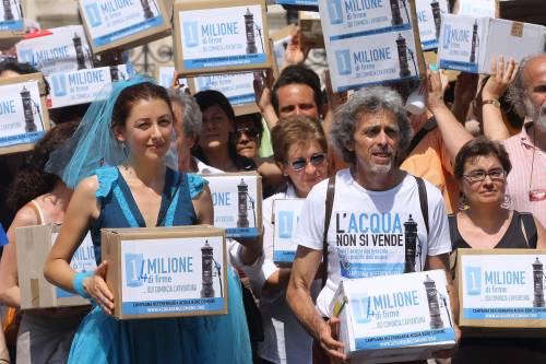 Referendum sull'acqua,  depositate in Cassazione  oltre 1,4 milioni di firme