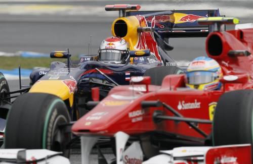 Vettel in pole, Alonso a 2 millesimi