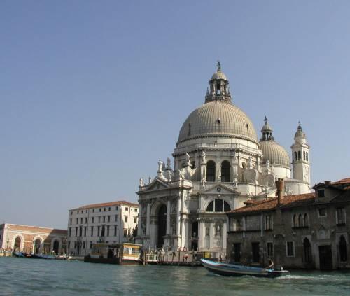 Venezia, rogo alla Salute: danni a tela di Tiziano