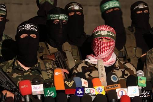 """Gaza, la pace già a rischio  Gli estremisti palestinesi:  """"Un'intesa contro Israele"""""""