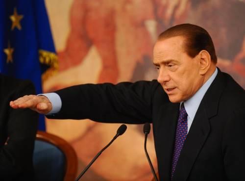 """Berlusconi avverte: """"Governo tecnico  sarebbe rovesciamento democrazia"""""""