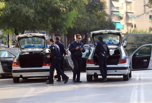 Berlino, pacco sospetto  recapitato alla Merkel  Grecia, spedite bombe