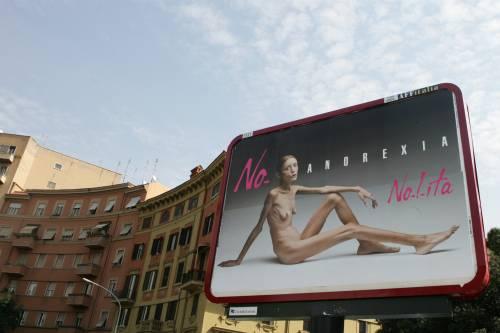 E' morta a soli 28 anni Isabelle Caro:  lottò contro l'anoressia per Toscani
