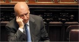 Vi spiego perché difendo  il ministro Sandro Bondi