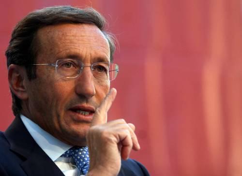 Fini: Berlusconi scatena il conflitto istituzionale  Terzo polo si compatta: verso coordinatore unico