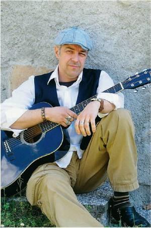 Van De Sfroos, il più italiano dei cantautori