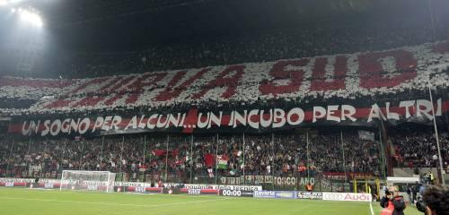 """Derby, arrestato capo ultras del Milan a San Siro  """"Aveva un ordigno, 4 coltelli, mazza da baseball"""""""