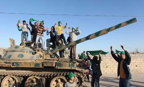 Già pronti i piani per truppe terrestri in Libia