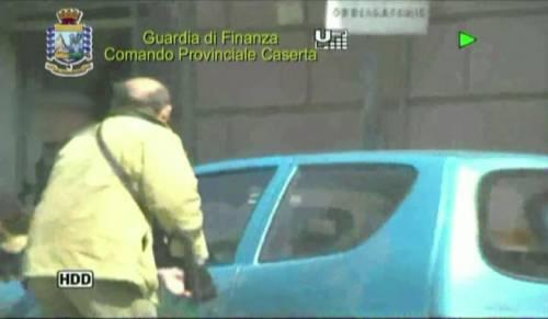 Caserta, falso cieco guidava l'auto