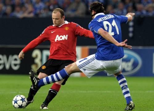 Giggs e Rooney fanno saltare il bunker Schalke