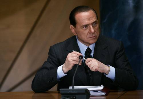 """Terrorismo, Berlusconi:  """"Paura per la famiglia  Ho 5 figli e tanti nipoti"""""""