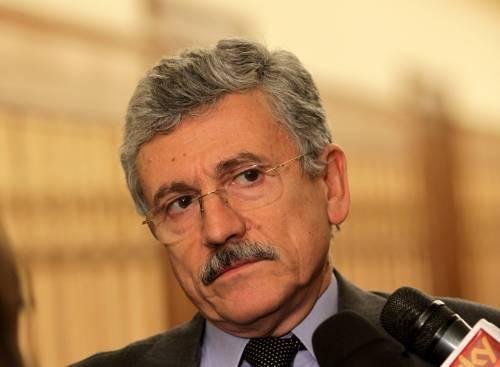 """L'arroganza di D'Alema:  """"Solo accuse fantasiose   da giornali di serie B"""""""