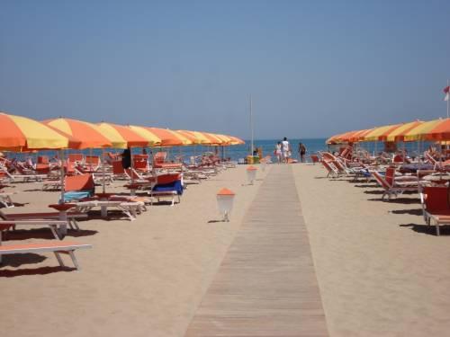 Accordo sulle spiagge: ai privati solo per 20 anni