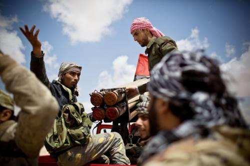"""Libia, dopo i raid gli imam minacciano gli alleati  """"Mille persone moriranno per ciascuna vittima"""""""
