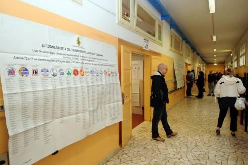 L'affluenza sale nelle metropoli: ma è fuga nella rossa Bologna