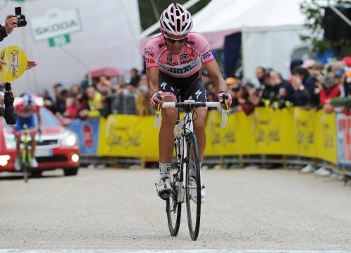 Giro, Contador è padrone  Nibali attacca e va in crisi  Nieve vince sul Gardeccia
