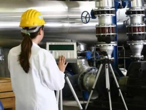 Istat, cala l'industria  ma rispetto al 2010  il fatturato sale del 10,8%