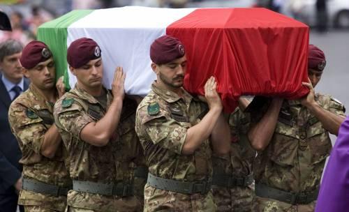 """La madre di un caduto: """"Mi vergogno dell'Italia per cui mio figlio morì"""""""