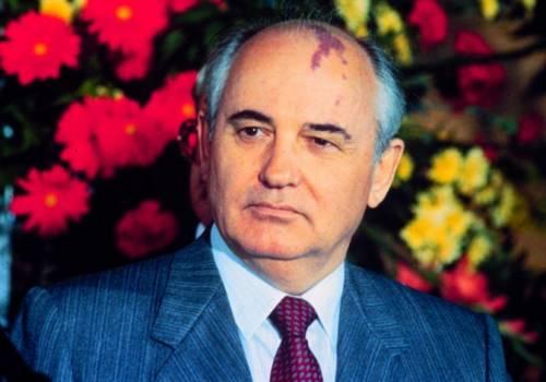 Ucraina vieta ingresso a Gorbaciov per 5 anni